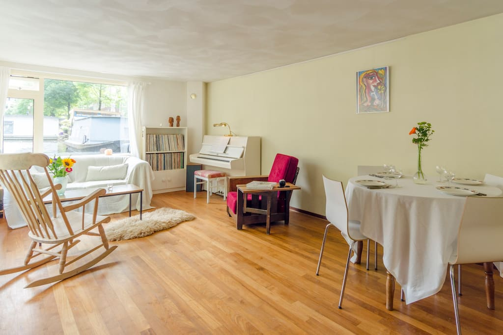 The residence combines a super central yet authentic location with a welcoming interior, making this a great choice for a romantic couple or a small group of friends or family