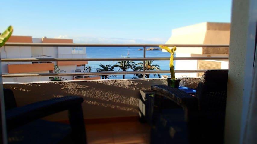 A 50 mètres la plage de Figueretas (centre ville) - Ibiza - Byt