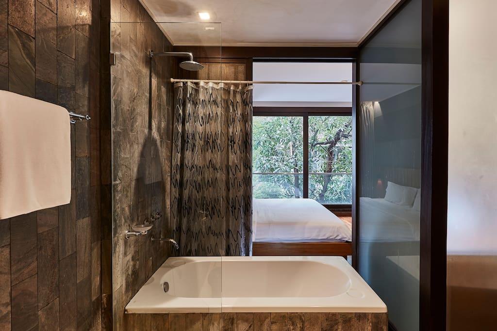LUXX's Studio bathroom