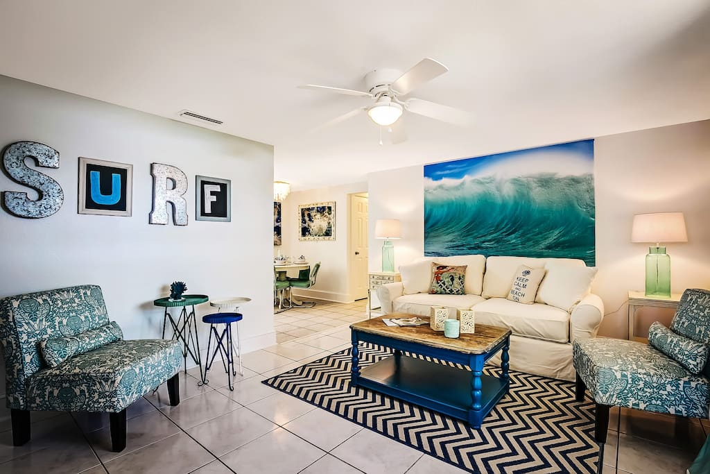 Boutique Chic living room. You bet.