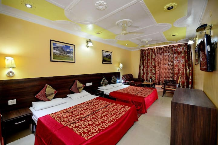 Hotel Star of Kashmir