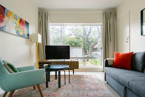 Hyggelig leilighet på Quiet Street i Unley