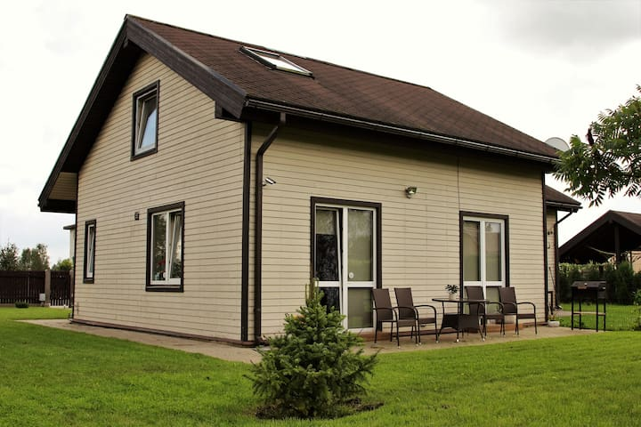 Wonderful PRIVATE HOUSE - Jaunolaine - Hus