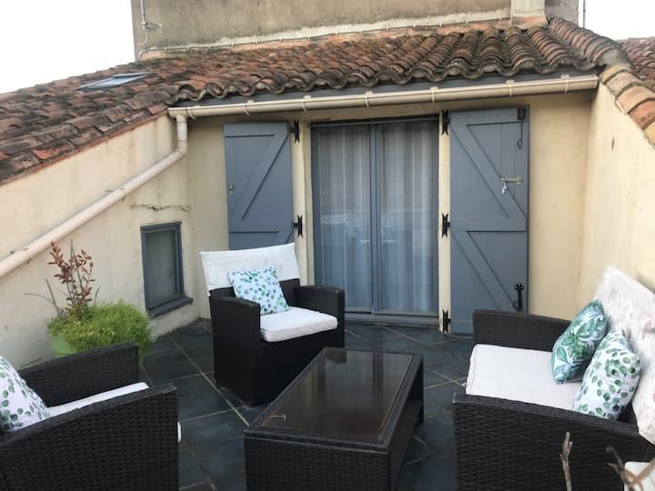 Chambre avec terrasse tropézienne