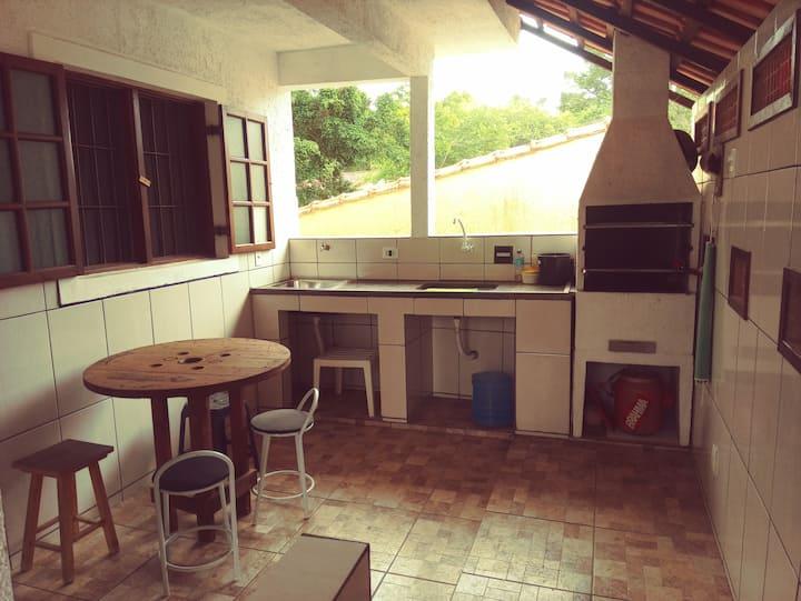 Maresias casa próxima praia com churrasqueira