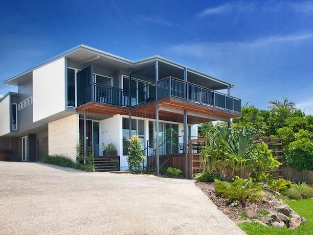 House Two - Peregian Beach Luxury - Peregian Beach - Casa