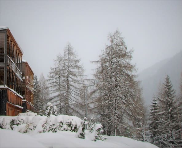 Sunny, mountain view apartment - Sankt Anton am Arlberg - Appartement