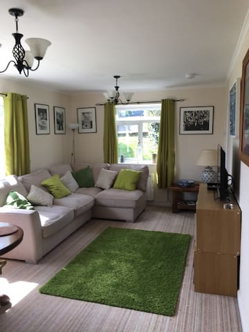 Lyme Regis Apartment with parking - Lyme Regis - Daire