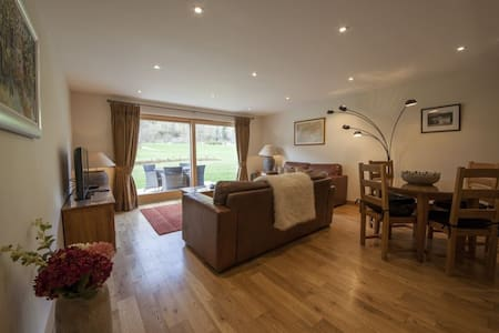 Mains of Taymouth, Kenmore, 12B Maxwells, lovely 2 bedroom 5* villa