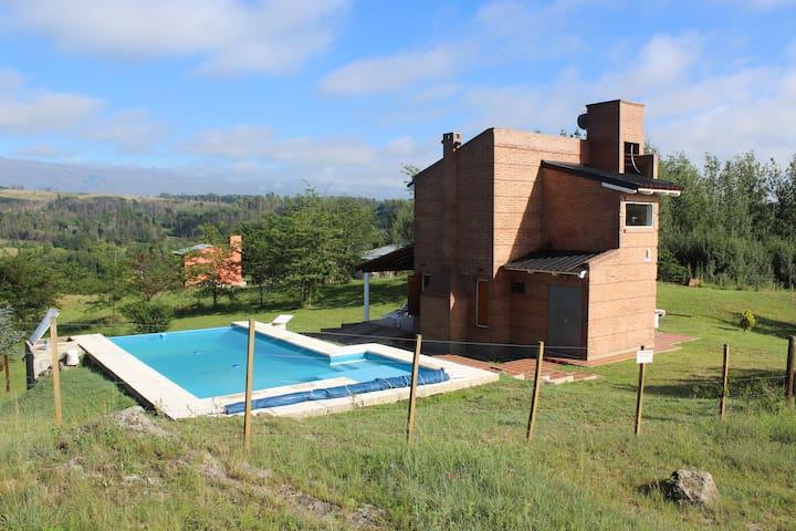 Aires de Campo, Villa Yacanto