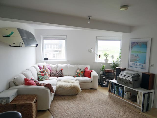 Beautiful Fistral Sands Apartment with Sea View - Newquay - Leilighet