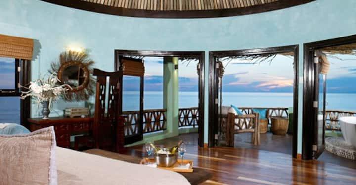 Seaweed Luxury Villa