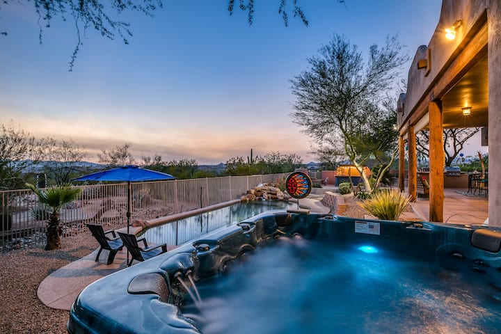 Desert Dream Home • heated pool • hot tub • views