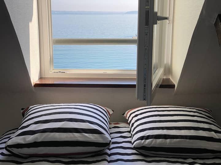 Appartement Vue sur mer et les pieds dans l'eau