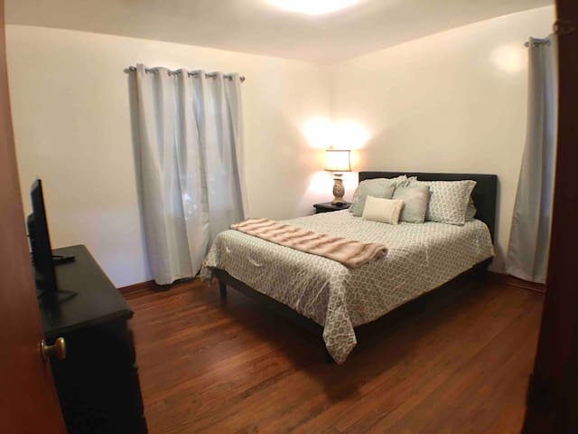 Long stay discount, WD2, Near hospitals, WIFI