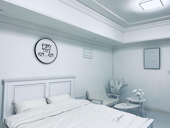 【空间】万达艺术作品 投影观影房/楼下泰安万达/泰山景区/岱庙/万达公寓