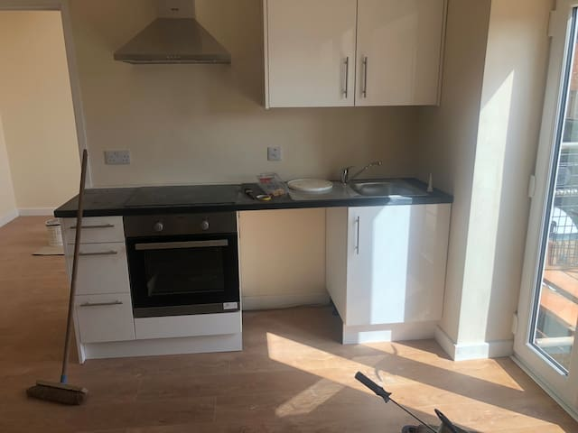 Brand New Studio Flat, City Centre