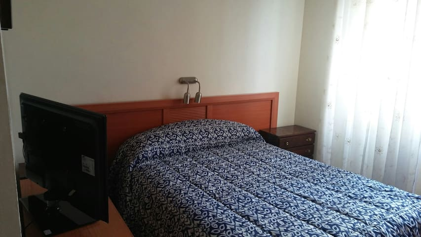 Bedroom near the Airport