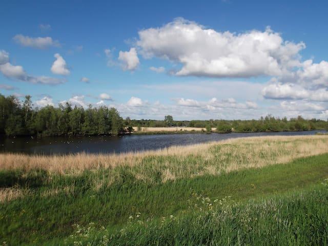 Medemblik. Heerlijk wandelen langs het IJsselmeer en genieten van de natuur!