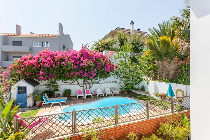Fabulous Villa with private Pool in central Lisbon