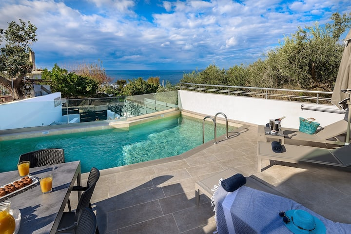 Sunset Elafonisi Sea view Suite with Private Pool