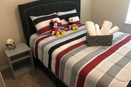 MICKEY'S Comfortable ROOM Near Disney World