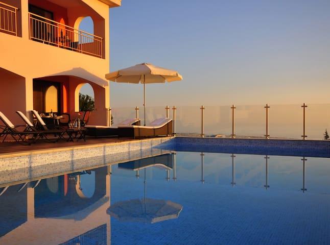 Eagles View, Romantic getaway in Tala, Cyprus