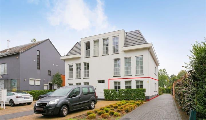 Luxe appartement in Schilde met grote tuin