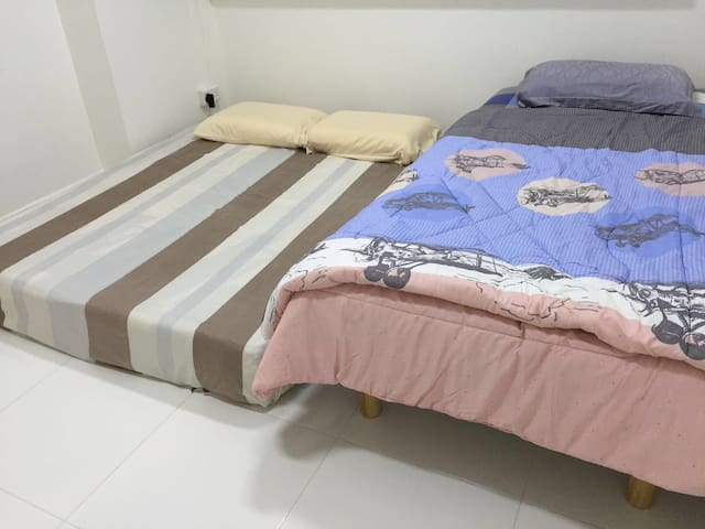 Clean Cozy room , Queenstown mrt (1) - Singapour - Bed & Breakfast