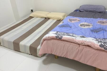 Clean Cozy room , Queenstown mrt (1) - Singapore