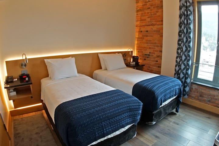Savoy Hotel - Twin Room