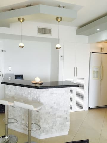Newly furnished Private Room - Miami - Apartamento