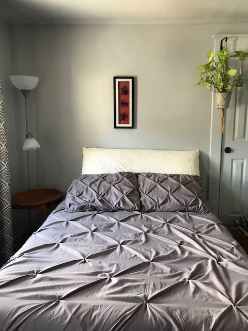 Double bed bedroom space