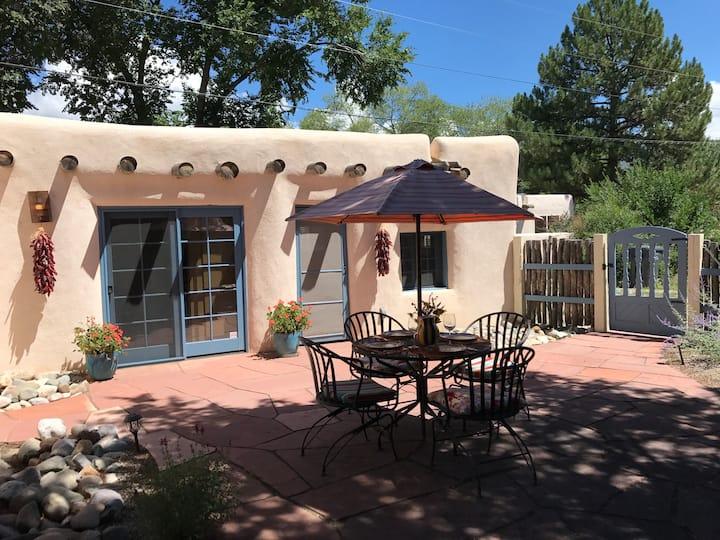 La Posada de Taos Adobe, A/C, 2 blocks to Plaza
