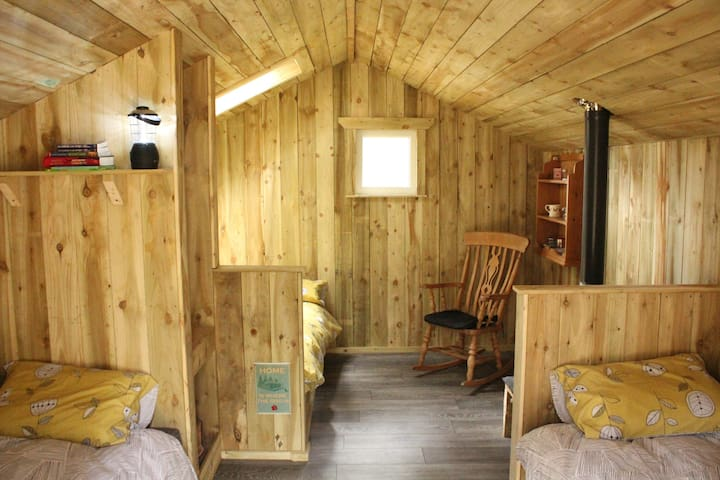 Wildwoodz Cabins -Willow Cabin - Black Isle