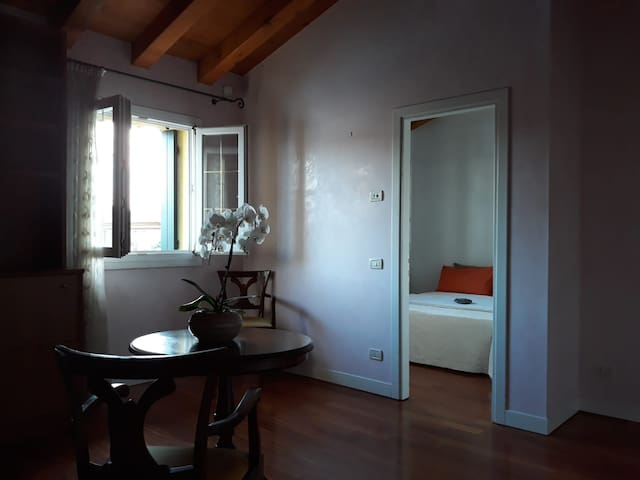 Spacious Room with private bathroom in Venice