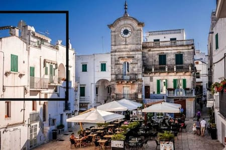 Cisternino Rooftop Apartment - Town Square - Cisternino