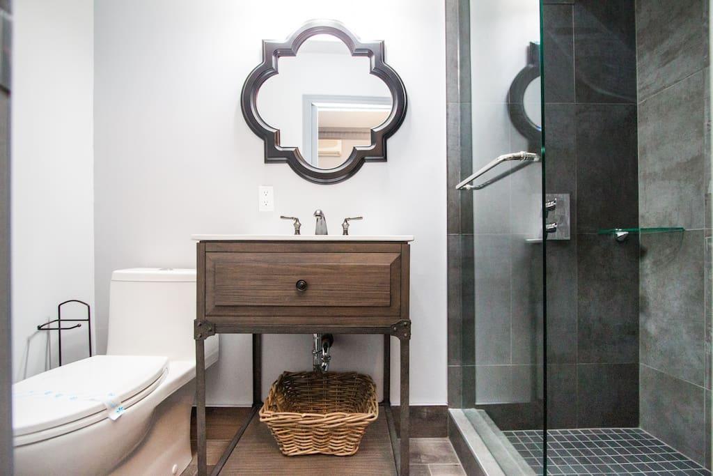Elegant washroom fit for royalty