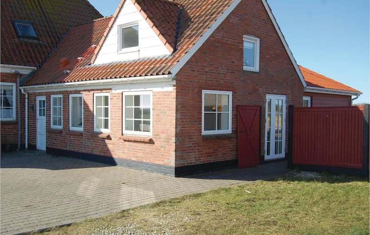 Holiday apartment with 2 bedrooms on 55 m² in Hvide Sande