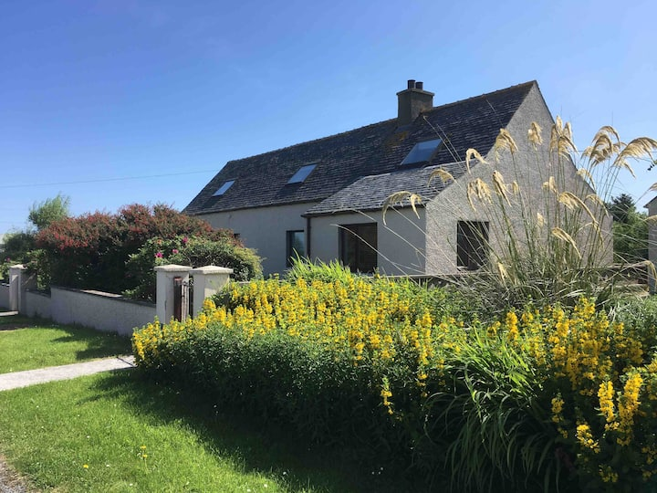 Spacious croft house- outskirts of Stornoway