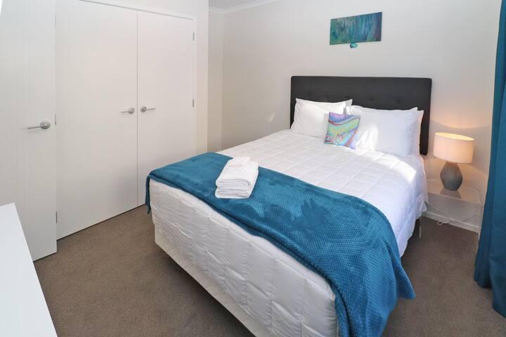 2 Brm Apartment 3 on Jones Crescent