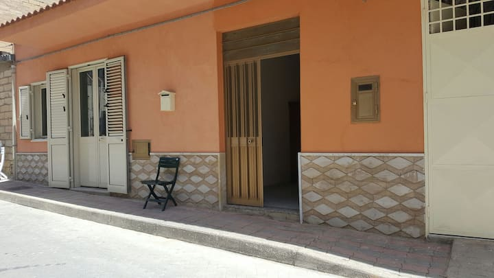 Maison dans le village Sicile