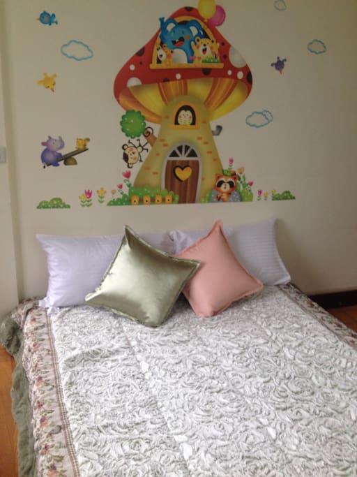 蘑菇城堡~歡迎大小朋友來窩!