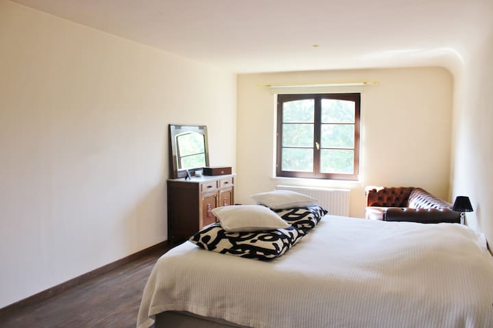 Cosy room nearby Leuven and Werchter - Tremelo - เกสต์เฮาส์