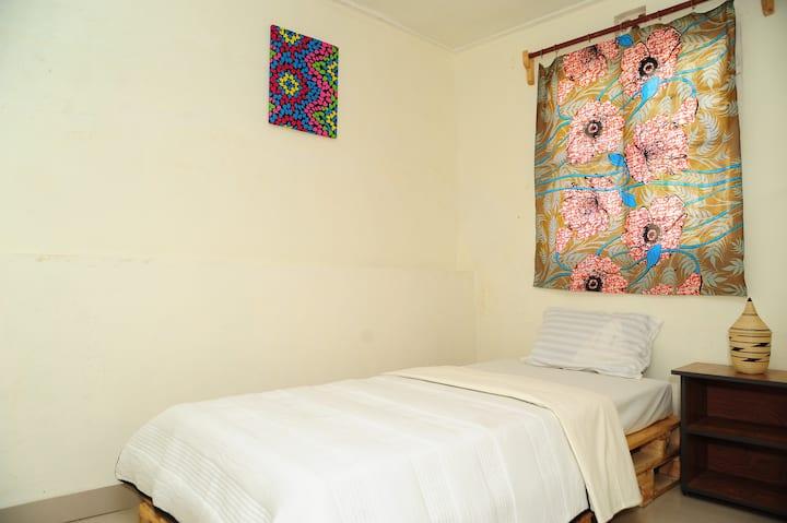 NILE ROOM ( Single bed)