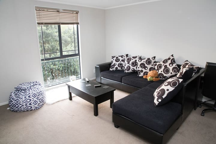Double bedroom + private bathroom - Auckland - Huoneisto