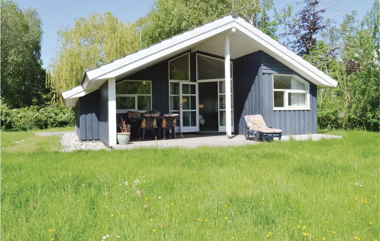 Holiday cottage with 3 bedrooms on 81m² in Vejby