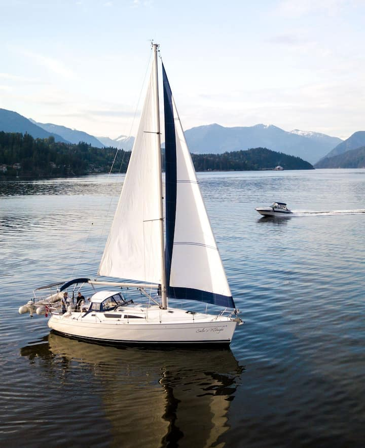 Sailing in Howe Sound