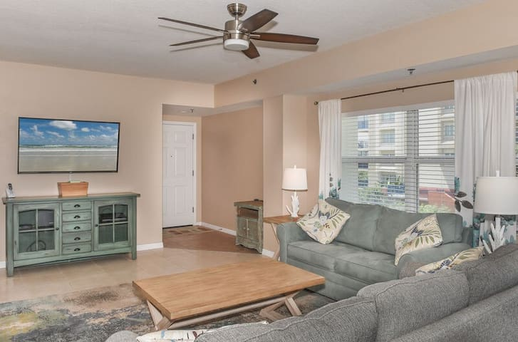 The Living room - Very spacious and accommodating with flat screen TV.