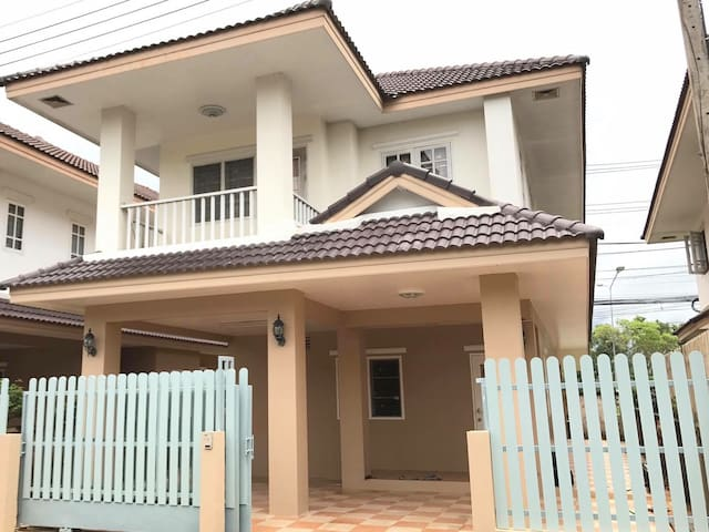 Your ideal Golf home in Chiangrai 3B3B-2 parkings